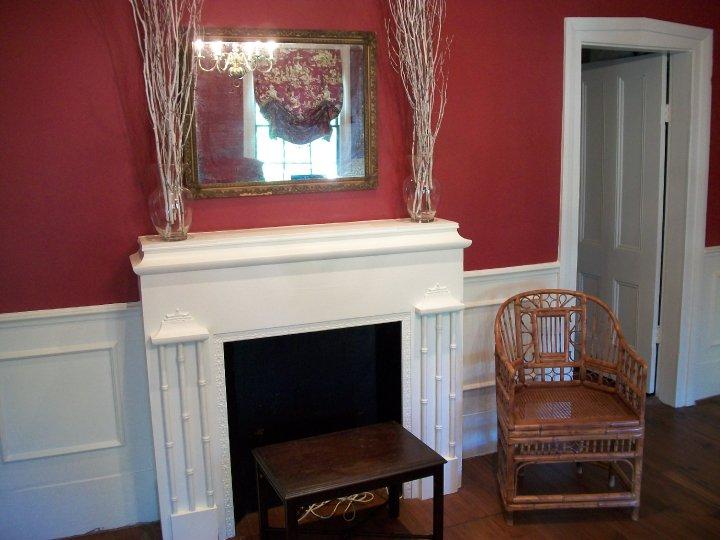 chinoiserie3-grandmother-hempenstall-fireplace