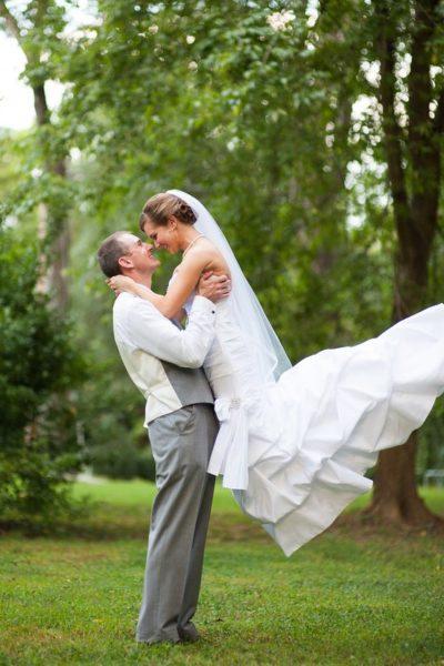 Happy newlyweds Alison and Jonathan at Bellamy Gardens
