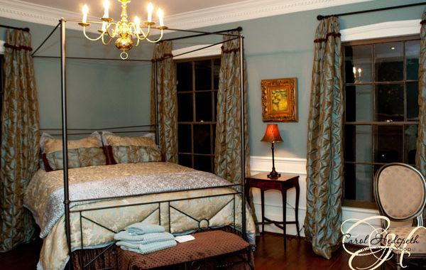 Vieux Carre Room